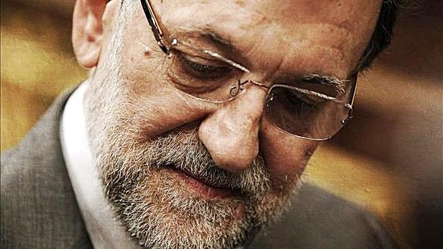 La mirada de Rajoy ¿Quien mueve los hilos?